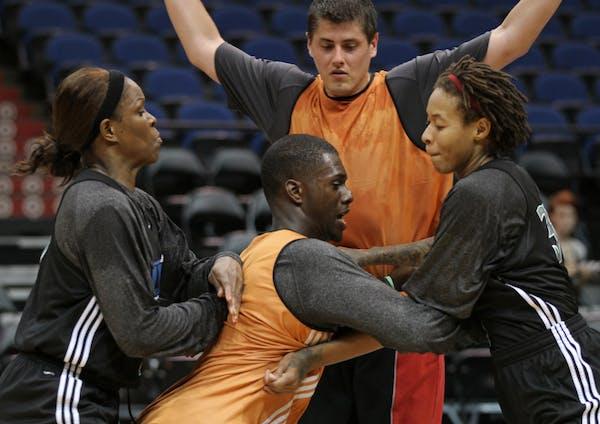 Practice guys push Lynx