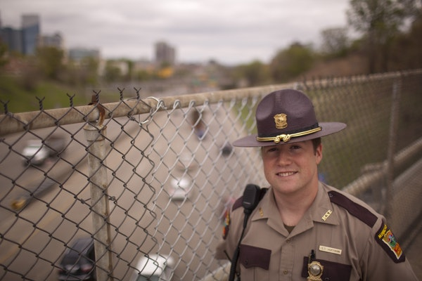 Quick thinking by Minnesota State Patrol Trooper Carl Hoffman Monday morning prevented a man on the Groveland Ave. overpass in Minneapolis from jumpin