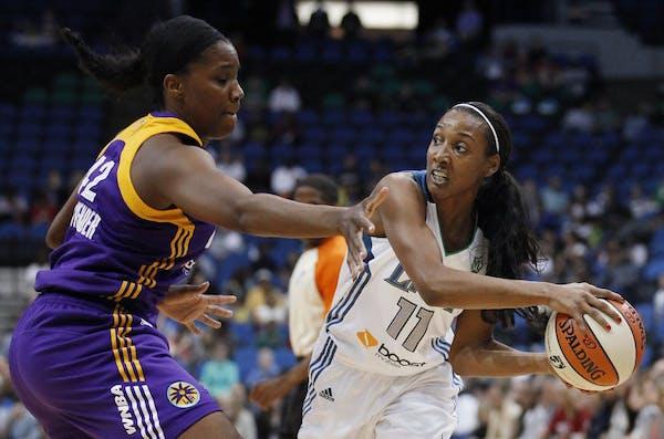 Minnesota Lynx guard Candice Wiggins (11)