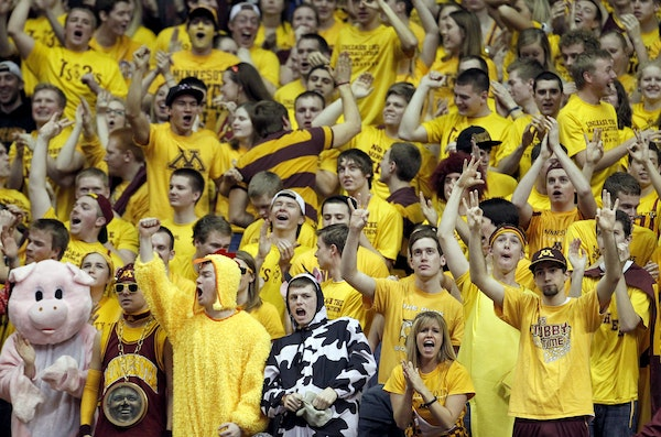 Gophers fans reacted to a three pointer by Andre Hollins in the final seconds of the first half.