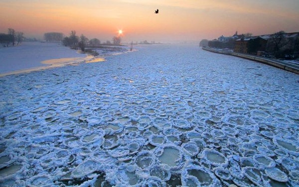 The frozen river Oder is seen from a bridge in Frankfurt/Oder.