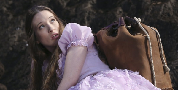 """ONCE UPON A TIME IN WONDERLAND - """"Once Upon a Time in Wonderland"""" stars Sophie Lowe (""""Beautiful Kate"""") as Alice, Michael Socha (""""This Is England"""") as"""