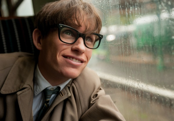 Eddie Redmayne stars as Stephen Hawking in THE THEORY OF EVERYTHING, a Focus Features release. Photo Credit: Liam Daniel / Focus Features