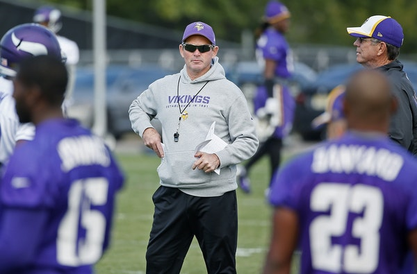Minnesota Vikings head coach Mike Zimmer took to the field for practice at Winter Park, Friday, September 19, 2014 in Eden Prairie, MN.
