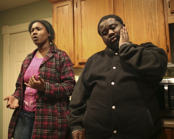 Marketa Venzant and her husband, Willie, talked about Willie's niece, Kendrea, in the kitchen of Mary Broadus' Minneapolis home Monday. The child