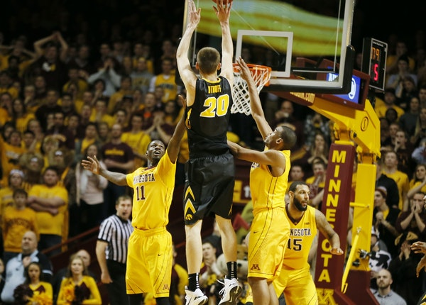 Hawkeyes forward Jarrod Uthoff hit the winning shot against the Gophers with … how much time remaining?