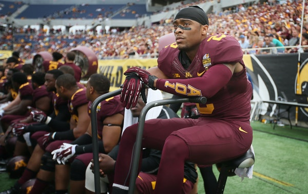 Gophers defensive back Cedric Thompson (2) watched from the bench late in the forth quarter. Missouri beat Minnesota 33-17 in the Citrus Bowl on Janua