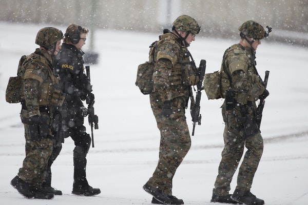 Law enforcement converged on a Byerly's in St. Louis Park as part a manhunt following a shootout on Tuesday, February 3, 2015.
