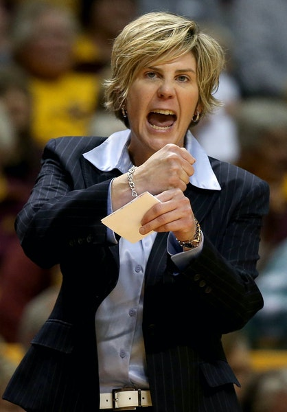 In Marlene Stollings' first year as Gophers head coach, Minnesota equaled the second-highest number of regular-season victories (22) in program hist