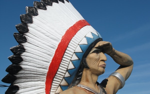 The Black Hawk Motel is easy to spot, even in the Dells.