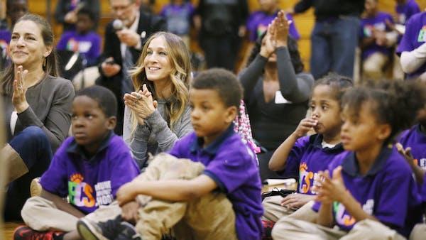 Actress Sarah Jessica Parker visits a Minneapolis school