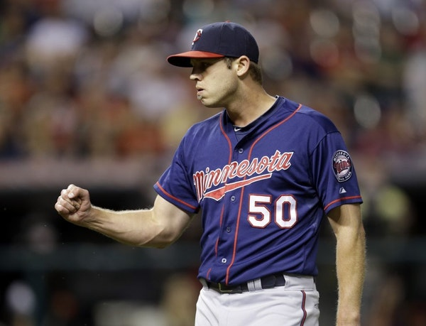 Minnesota Twins relief pitcher Casey Fien