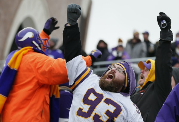 It was a losing campaign outdors at TCF Bank Stadium in 2014, but Vikings fan Mark Jacobson was all in as the team delivered a late-season victory.