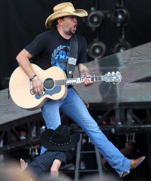 """Jason Aldean on performing:""""I go full throttle, try to give 110 percent and leave the people wanting more."""""""