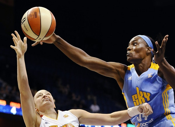 Former Olympian and WNBA All-Star center Sylvia Fowles, right, will meet the media Tuesday and be in the Lynx lineup Wednesday night against the Los A