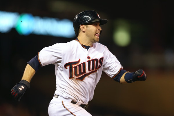 Twins second baseman Brian Dozier lost to the Royals' Mike Moustakas in a bid to win the American League's Final Vote for the All-Star Game.