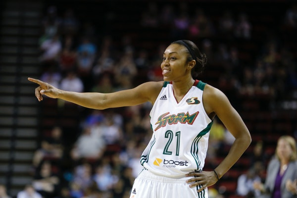 In Renee Montgomery, the Lynx acquired a guard with career averages of 10.6 points and 3.2 assists. This season, she has averaged 7.1 points and 3.0 a