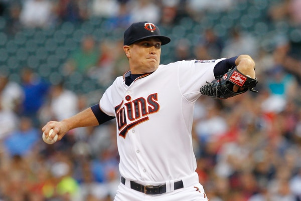 Minnesota Twins starting pitcher Kyle Gibson delivers to the Houston Astros during the first inning of a baseball game Friday, Aug. 28, 2015. (AP Phot
