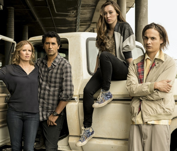 "Kim Dickens, Cliff Curtis, Alycia Debnam Carey and Frank Dillane in ""Fear the Walking Dead."""