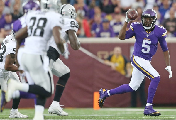 Vikings quarterback Teddy Bridgewater ran for first down in the first quarter and finished 10-for-14 passing for 89 yards and a touchdown Saturday nig