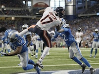 Chicago Bears wide receiver Alshon Jeffery (17) makes an 11-yard reception for a touchdown during the second half of an NFL football game, Sunday, Oct