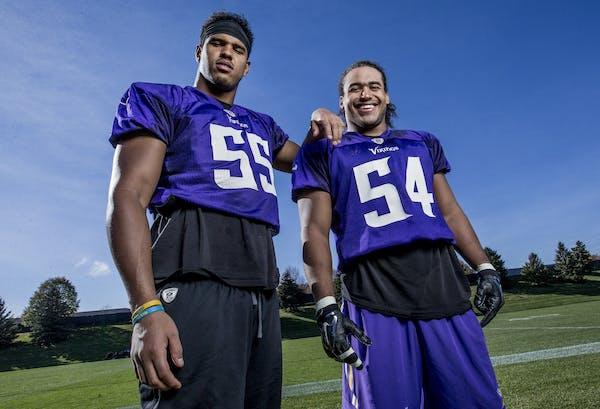 Minnesota Vikings linebackers Anthony Barr and Eric Kendricks.