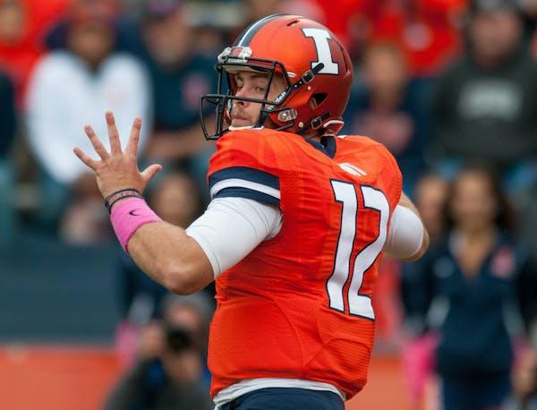 Illinois quarterback Wes Lunt (12)