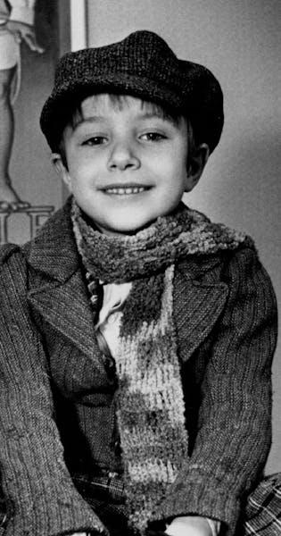 Vincent Kartheiser as Tiny Tim in 1986.
