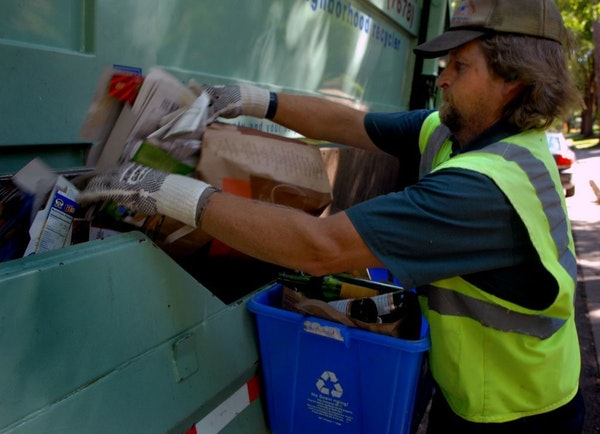 Eureka Recycling's Dan O'Hara at work in St. Paul. Local nonprofit Eureka Recycling is competing with Waste Management, the nation's largest garbage