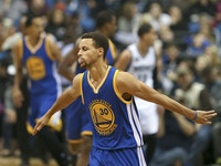 Golden State Warriors guard Stephen Curry (30) after sinking a fourth quarter basket Thursday night. He finished the game with 46 points.