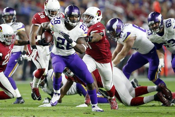 Minnesota Vikings running back Adrian Peterson (28).