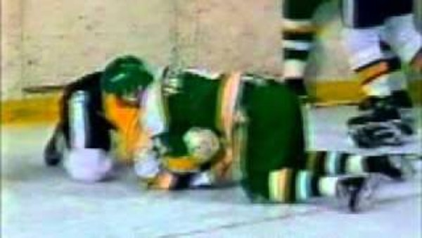 Sonmor's North Stars brawl with the Bruins (video and box score)