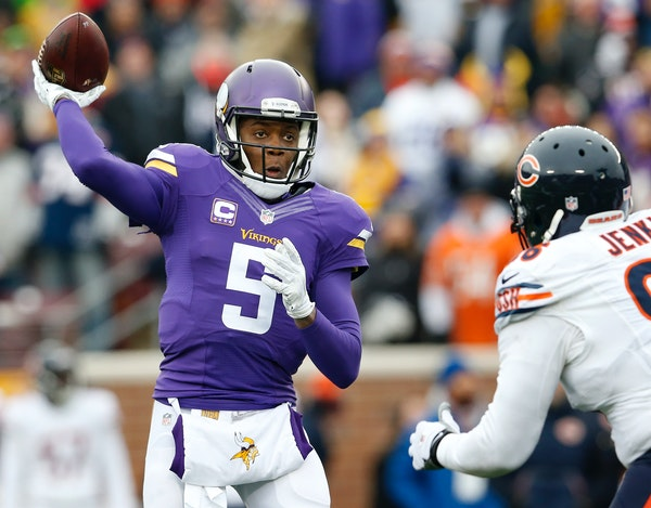 Vikings quarterback Teddy Bridgewater (5) attempted a pass in the third quarter.