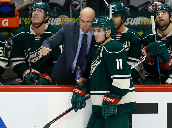 Wild head coach Mike Yeo talks with left wing Zach Parise during the third period against the Avalanche in December. The Wild is 0-2-1 in its past thr