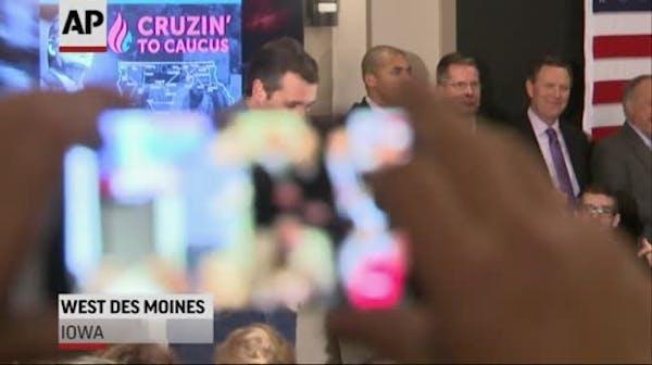 Cruz takes on Trump for skipping debate