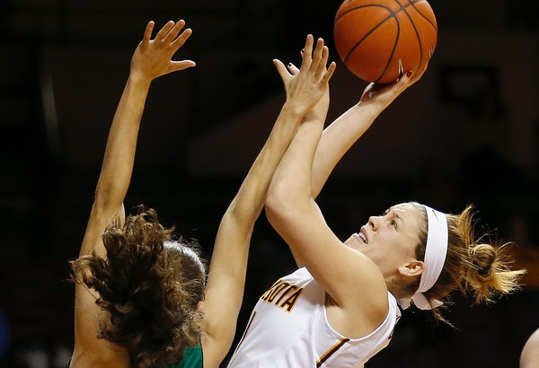 Rachel Banham attempted a shot at home earlier this season. Banham's 39 points helped the Gophers defeat Illinois on the road Thursday night.