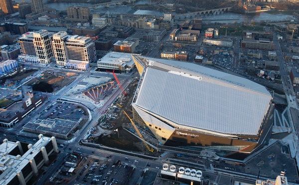This overhead view is the reason why the Minnesota Vikings want to stop Wells Fargo from putting up mounted, illuminated signs on the rooftops of its