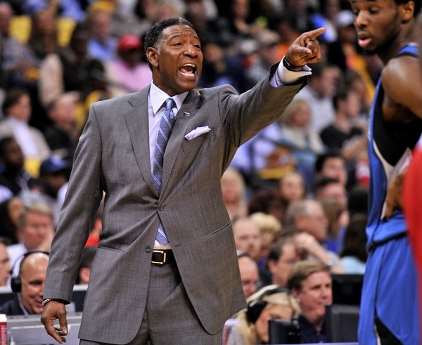 Coach Sam Mitchell called out to his players Friday night at Memphis, when the Wolves lost to the Grizzlies 109-104.