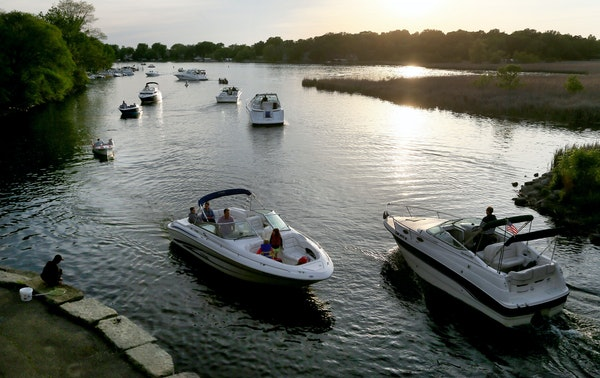 Lake Minnetonka was busy for boating in 2015. High traffic led to a multitude of problems on the largest Twin Cities lake.