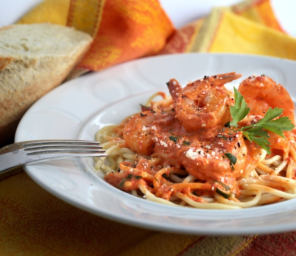 Make this Shrimp With Spicy Roasted Red Pepper Cream for an easy, tasty and quick dinner fix.