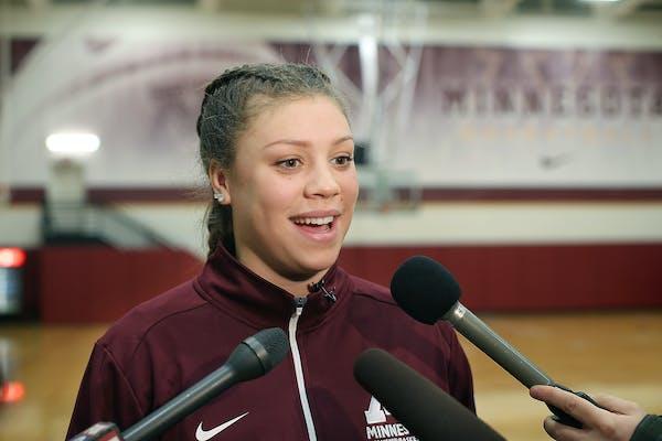 Gophers senior guard Rachel Banham said her teammates got her motivated to keep scoring Sunday.