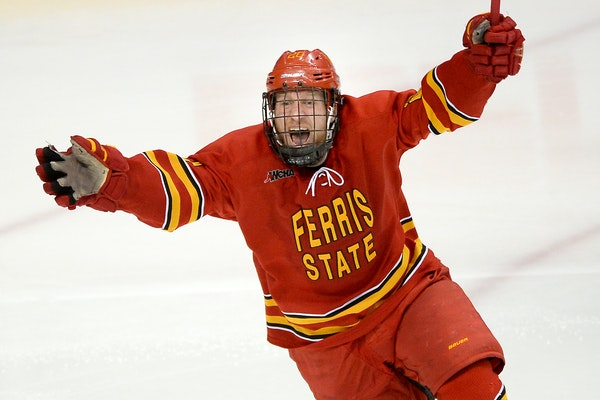Ferris State forward Gerald Mayhew celebrated after a goal by teammate Jared VanWormer only 18 seconds into overtime.