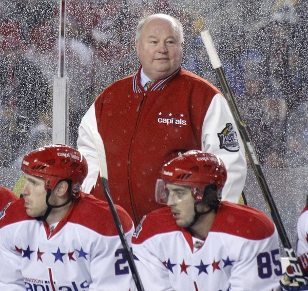 Bruce Boudreau, we hear, stands behind his players, and here's literal proof from his time with Washington. He also does that figuratively, said Dan