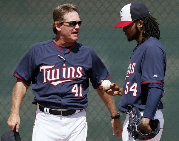 Twins pitching coach Neil Allen, talking with Ervin Santana earlier this spring, has been a staunch believer in teaching pitchers to throw a changeup.