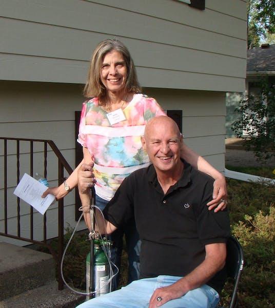 Air Force vet Bob Karlstrand donated his Maple Grove home through Habitat for Humanity to Army vet Bonita Reyna-Berg.