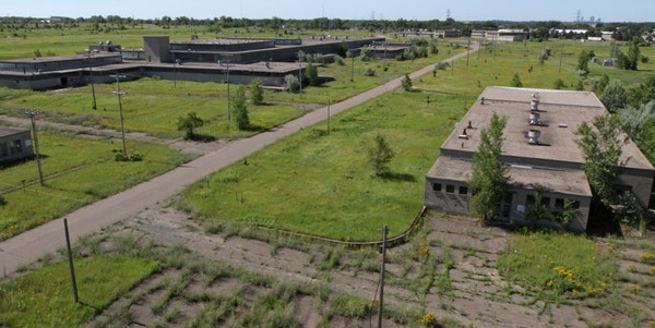 Ramsey County commissioners and Arden Hills leaders agreed that it's worth pursuing Amazon's new headquarters at the Twin Cities Army Ammunition Pla