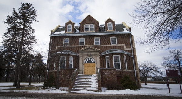 A nonprofit would like to transform boarded-up cottages at the former Anoka State Hospital site into housing for veterans.