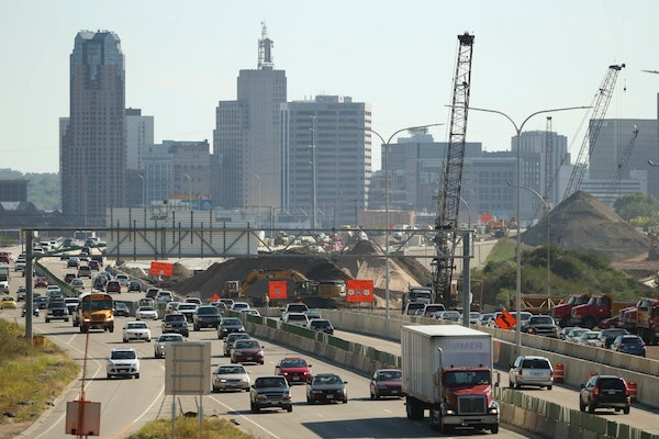 The construction project on I-35E in St. Paul, looking south from the Maryland Ave. bridge. Sunday afternoon at Target Field. ] JEFF WHEELER � jeff.