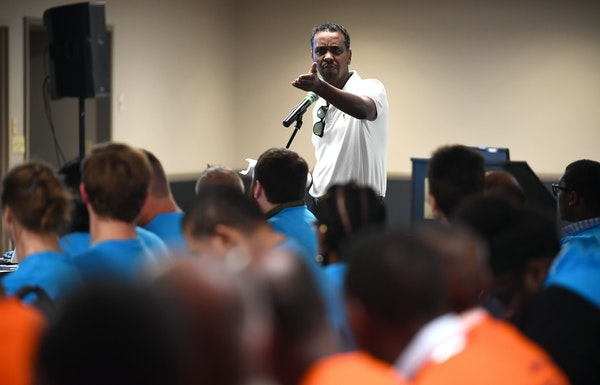 Minneapolis City Council Member Abdi Warsame spoke in support of taxi drivers, many of of which come from his community, during a MAC public hearing W