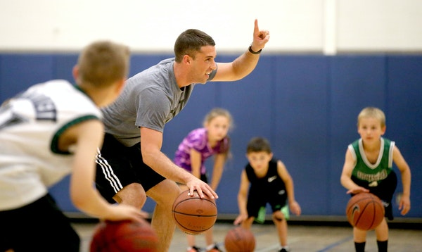 Ryan Saunders, not far removed from his basketball-playing days, shares Flip's affinity for teaching kids.